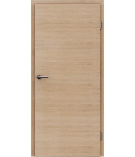 Furnierte Innentür mit einer Kombination aus längs- und/oder querverlaufenden Strukturen VIVACEline – F4 europäische Eiche weiß-geölt
