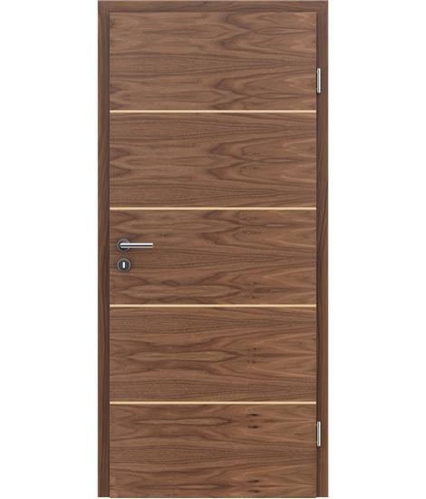 Furnierte Innentür mit einer Kombination aus längs- und/oder querverlaufenden Strukturen VIVACEline – F11 Nussbaum Einlage Ahorn